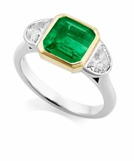 Emerald cut Emerald 2.76ct dress ring with Half Moon Diamond shoulders - 0