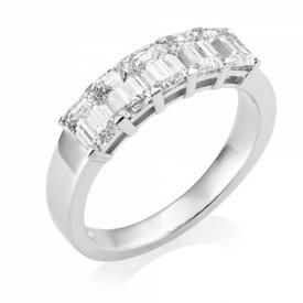 Resplendent Emerald Cut Diamond 5-stone Ring in Platinum 1.75ct