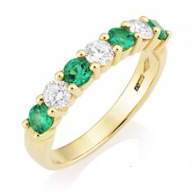 Emerald 0.51ct and GVS Diamond Seven Stone Claw Set Ring