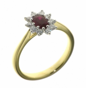 Oval Ruby and Diamond Star Ring with 18ct Yellow Gold