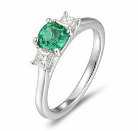 Emerald Round Ring 0.63ct with Square G VS Diamonds